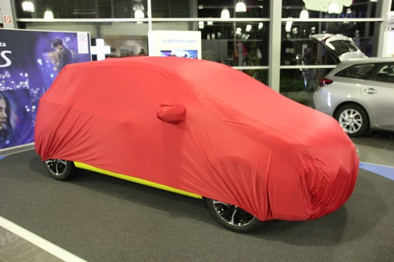 Car Cover Satin Red Fur Toyota Yaris Kfz Schutzdecken De