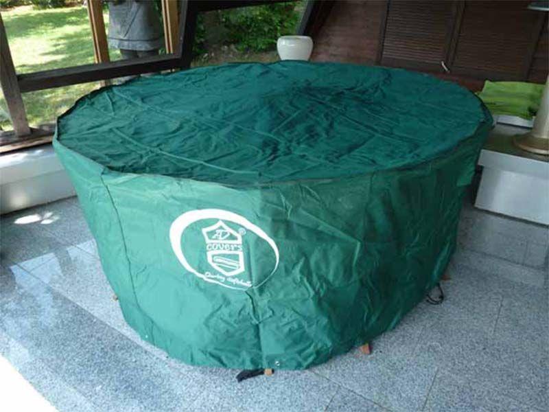 schutzh lle f r runden 8 eckigen gartentisch mit st hlen 205x90. Black Bedroom Furniture Sets. Home Design Ideas