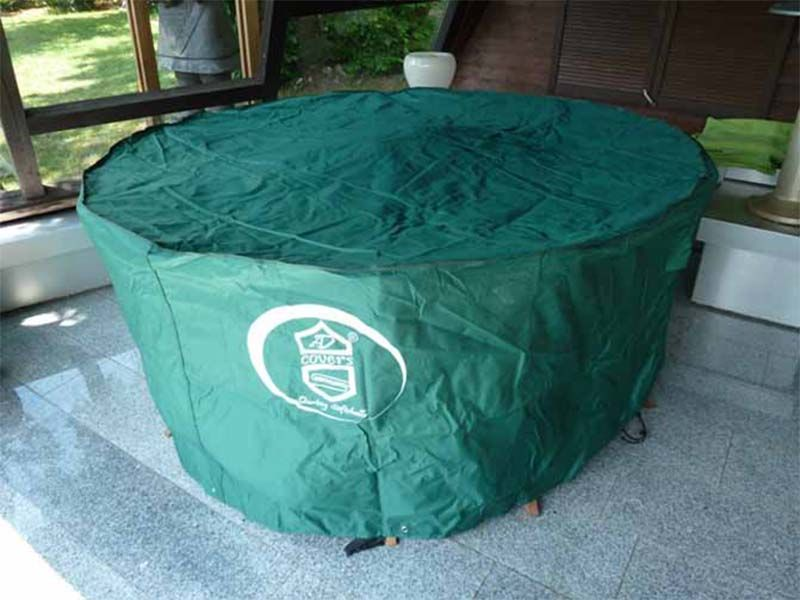 schutzh lle f r runden 8 eckigen gartentisch mit st hlen 325x90. Black Bedroom Furniture Sets. Home Design Ideas