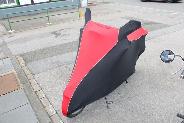 passform motorrad schutzh lle mit spiegeltaschen f r vespa. Black Bedroom Furniture Sets. Home Design Ideas