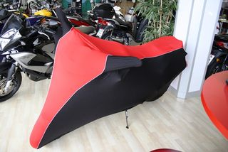 Perfect tailored motorcycle protective cover with mirror pockets for BMW F800R